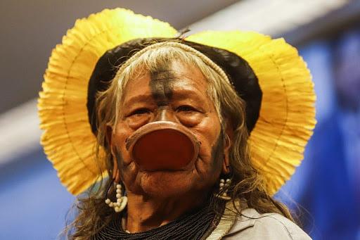 Brasil: histórico cacique Raoni Metuktire supera el COVID-19 y es dado de alta