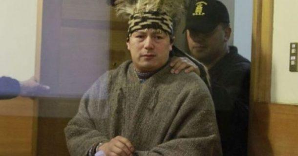 El machi Celestino Córdova fue trasladado a su casa para renovar su rewe