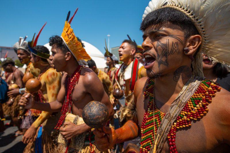 Ordenan detener desalojo de comunidades pataxó en el estado de Bahía de Brasil