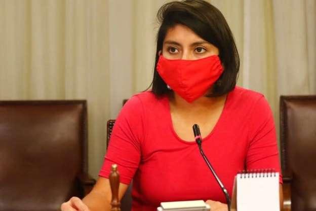 """Diputada Camila Rojas por despenalización del aborto: """"No bastan las tres causales"""""""