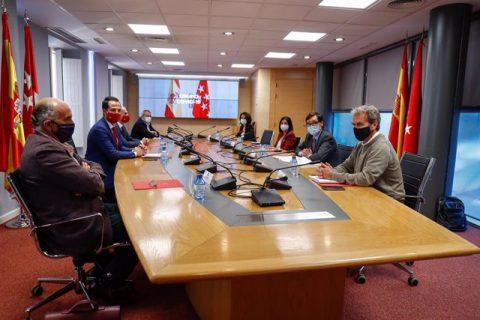 Para aliviar tensión con Madrid, Gobierno español buscará unificar criterios de lucha contra el COVID-19