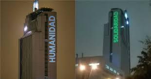La polémica que se instaló por las proyecciones en la torre Telefónica