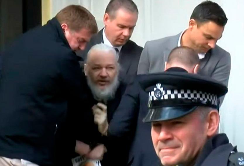 El padre de Julian Assange confía que la Justicia británica rechace la extradición