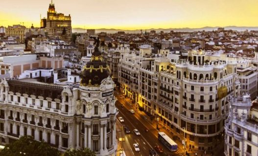 Madrid limita la movilidad en 45 zonas por la COVID-19 y el Gobierno llama a endurecer las medidas