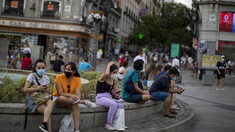 Madrid acusa al Gobierno español de tener prisa por intervenir en la región y no por luchar contra el virus