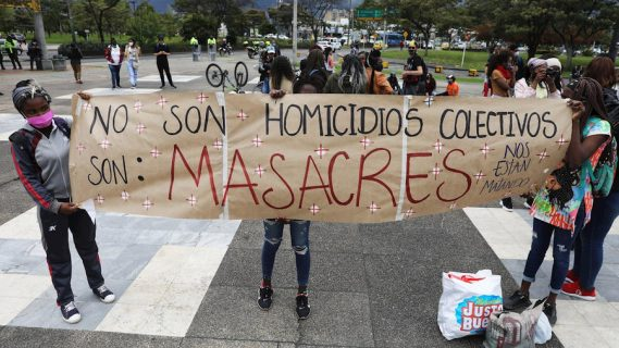 Sigue la arremetida en Colombia: un campesino y su hijo fueron asesinado en el Cauca