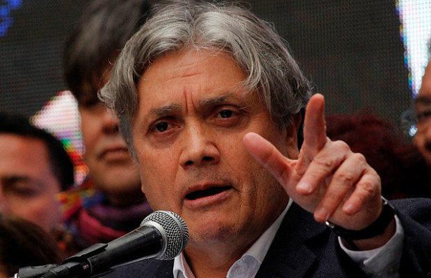 """Senador Navarro: """"Existen antecedentes de sobra para probar que el Minsal actuó con negligencia criminal mientras estaba Jaime Mañalich"""""""