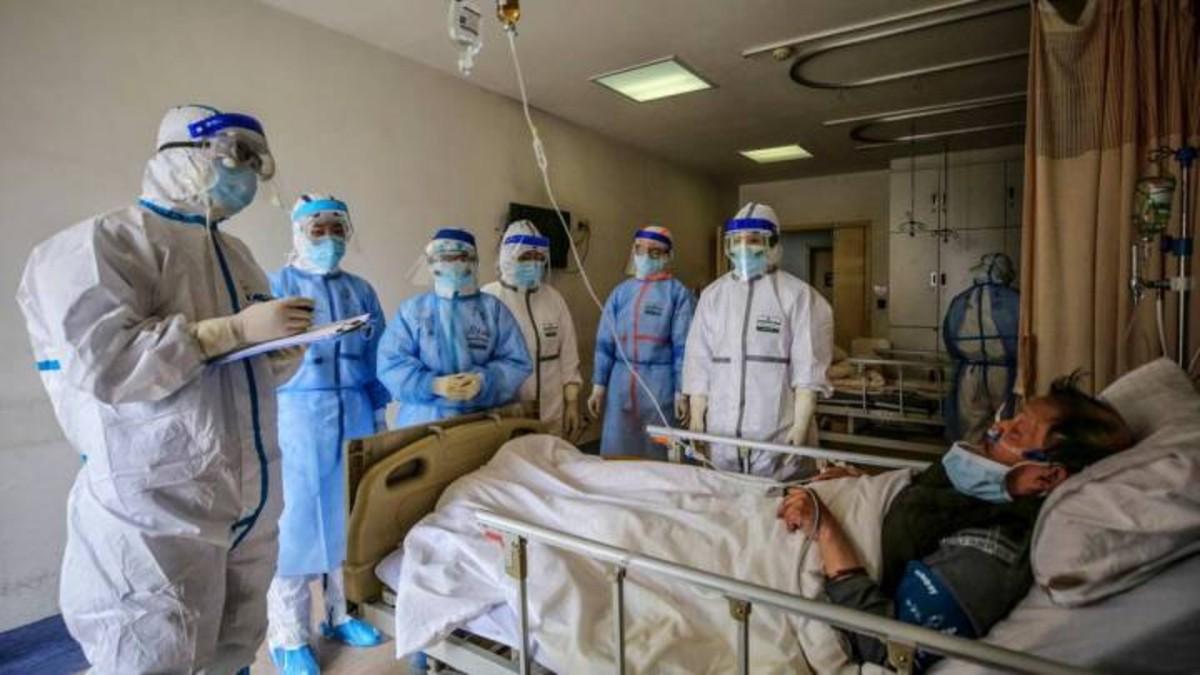 Falta de insumos en Bolivia: 400 personas del área de la salud han muerto por COVID-19