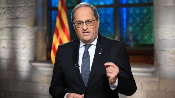 Presidente de Cataluña asiste a su segunda causa por desobediencia