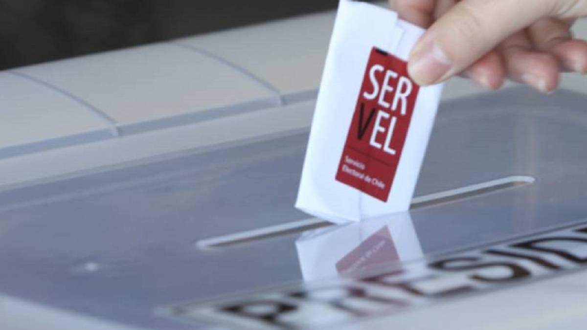 Gobierno se niega a que el Servel pueda proponer proyectos al Congreso