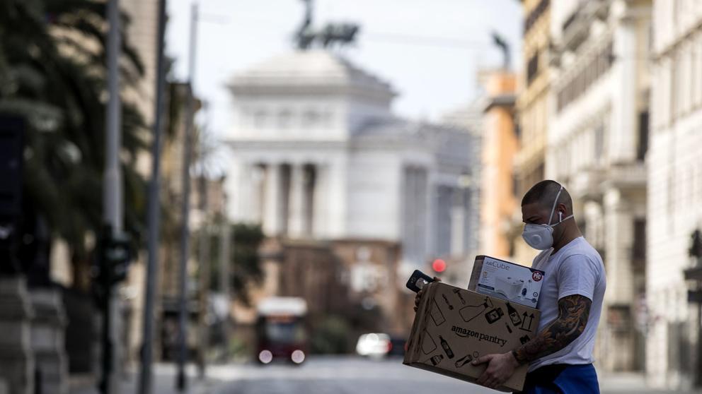Del confinamiento al toque de queda: Europa enfrenta récord de contagiados por Covid-19