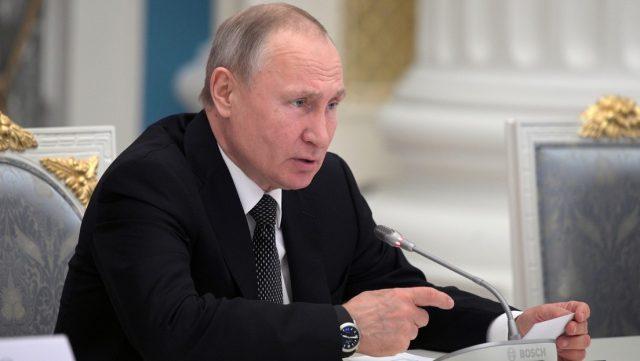 Rusia le prohíbe a diversos altos cargos tener cuentas en el extranjero