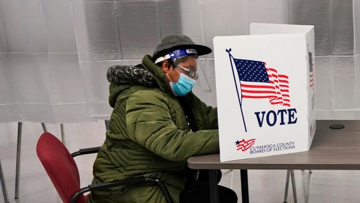 """Estados Unidos asegura que Rusia e Irán """"intentan interferir en elecciones"""" del 3 de noviembre"""