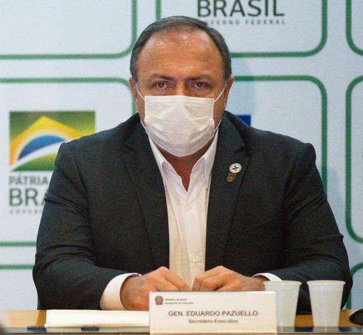 Internado ministro de Salud de Brasil por complicaciones de COVID-19