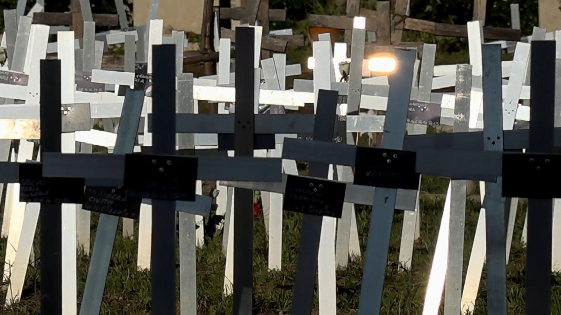 Inician acciones legales en Italia por cementerio de fetos que identifica a mujeres que los abortaron