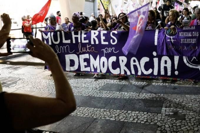Los impactos de Bolsonaro y de la covid-19 en los movimientos de mujeres brasileñas