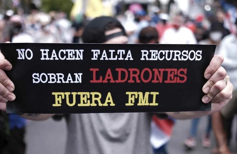 Presidente de Costa Rica pide al Congreso aprobar acuerdo con el FMI