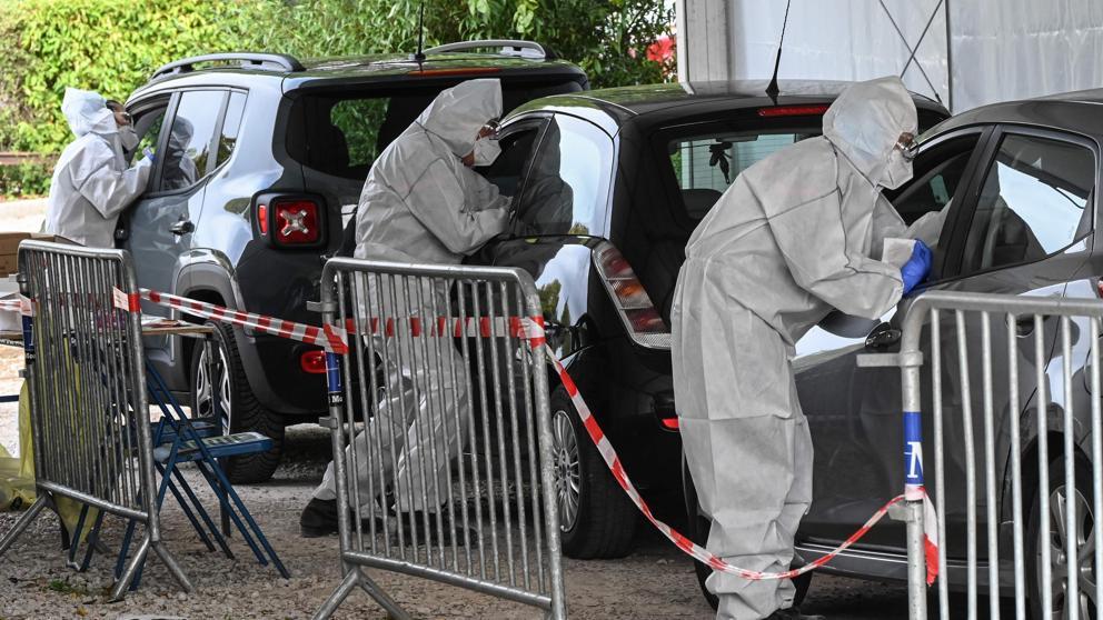 Europa se prepara para lo peor: Francia decreta toque de queda nocturno en nueve ciudades