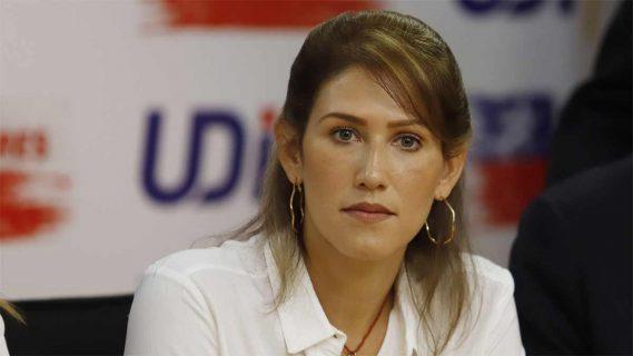 Contraloría indaga por qué Carabineros otorgó protección por más de un año a Guarequena Gutiérrez, ex representante de Guaidó en Chile