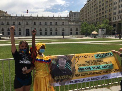 A casi un año del crimen de Romario Veloz en La Serena, su madre exigió justicia frente a La Moneda