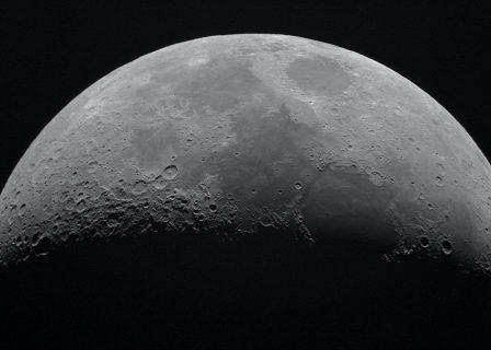 Empresa telefónica desarrollará red móvil para la Luna