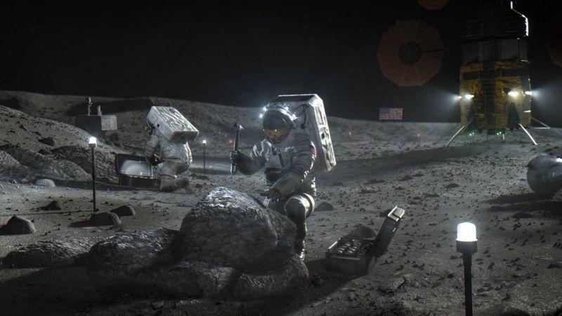 NASA confirma por primera vez existencia de agua en la superficie de la Luna iluminada por el Sol