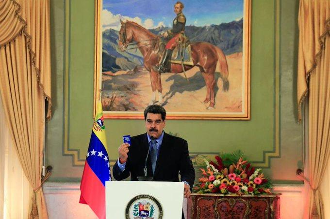 """""""Conspiración permanente"""": Maduro denuncia ataque terrorista contra principal refinería de Venezuela"""
