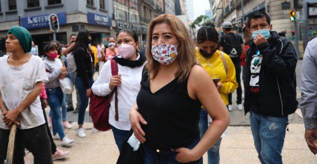 México rebasa los 900.000 contagios y roza las 90.000 muertes por COVID-19