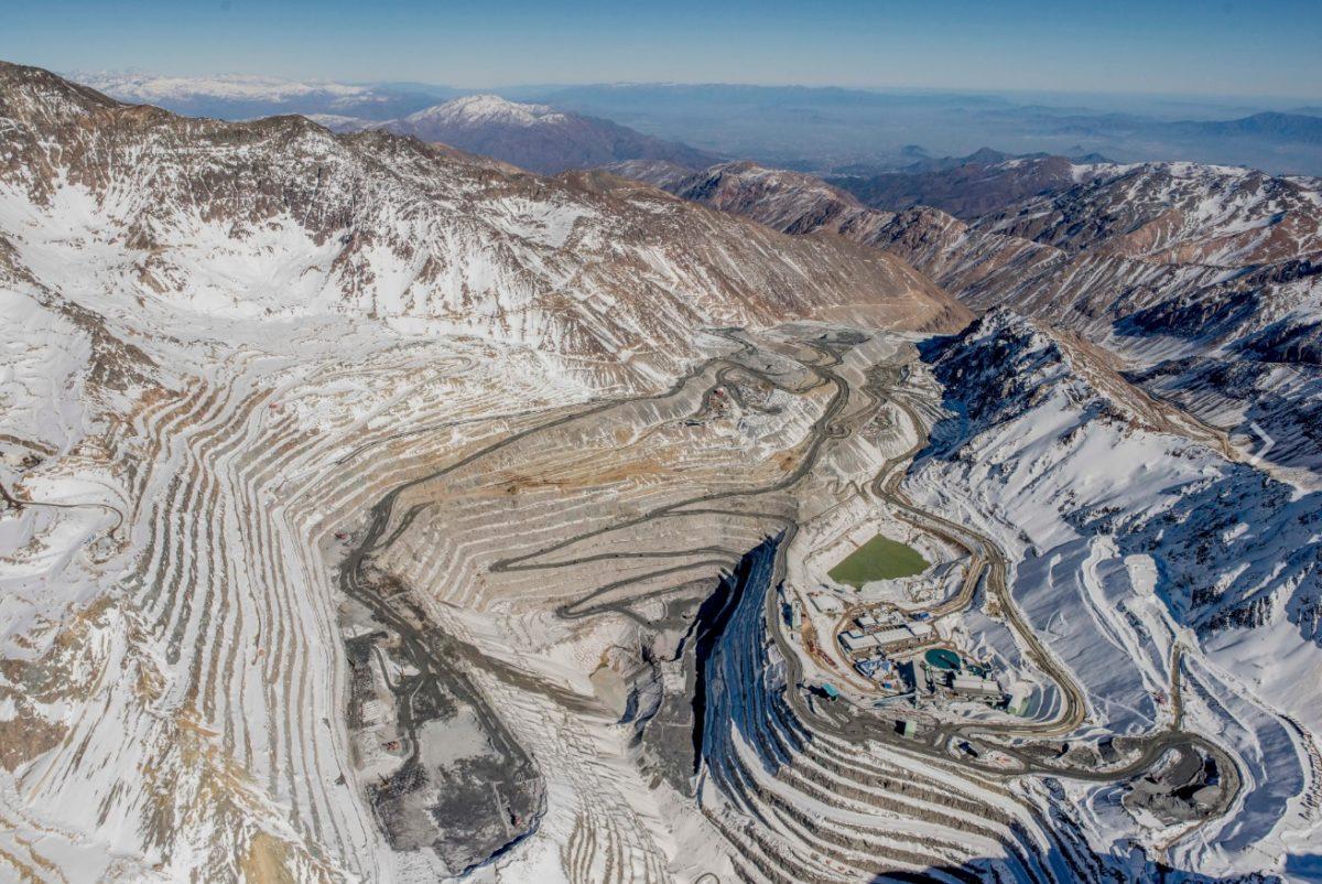 Organizaciones sociales de todo Chile exigen ley que proteja a los glaciares y sus ambientes
