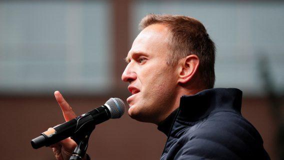Lavrov: Rusia no dudará en responder a las sanciones de la UE por el caso de Navalni