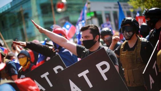INDH repudió uso de símbolos nazi y mensaje antisemita en marcha del Rechazo