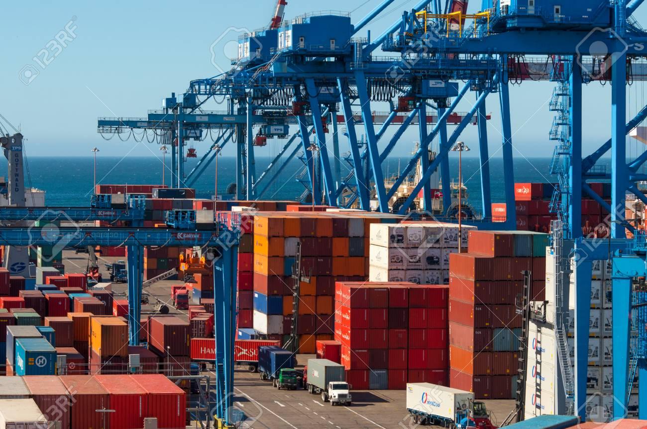 Intercambio comercial de Chile suma US$ 93.479 millones en 2020 y exportaciones experimentan tercer alza en el año