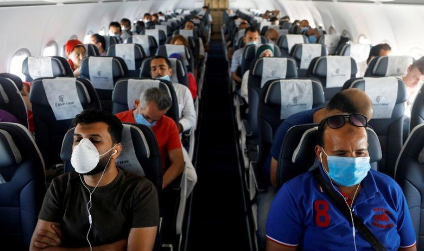 OMS: Riesgo de transmisión de COVID-19 en vuelos es «muy bajo» pero no cero