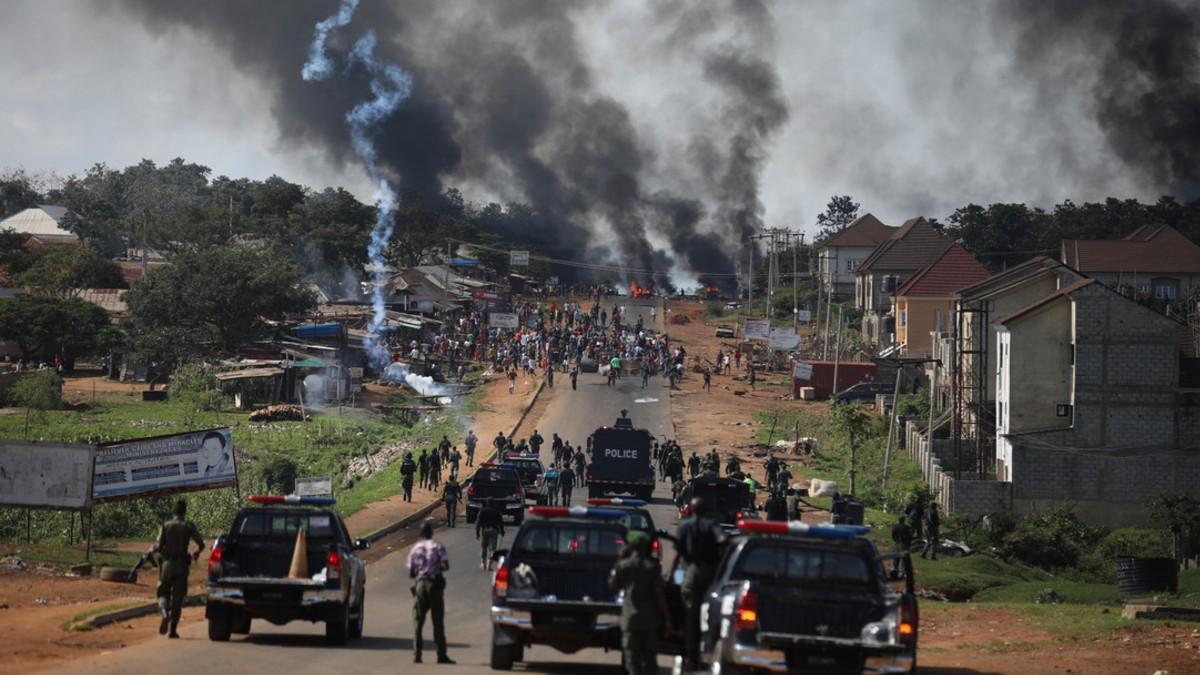 Protestas en Nigeria contra violencia policial se salen de control