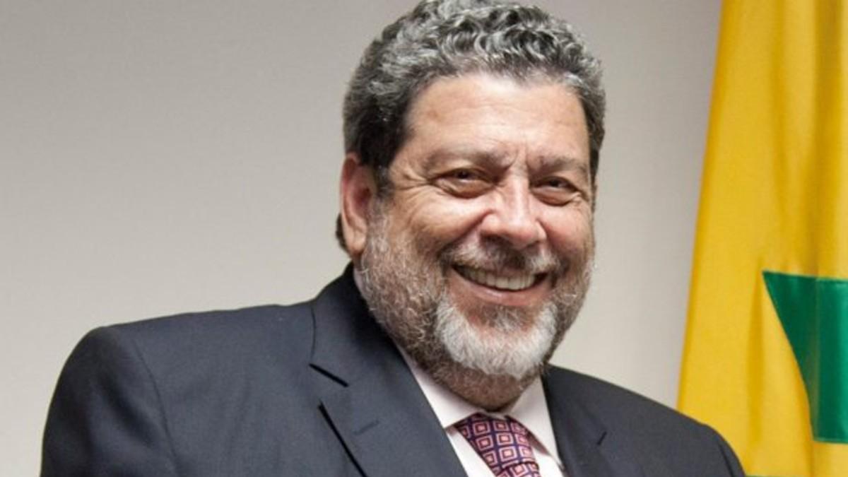 """Presidente Ralph Gonsalves: """"Consideramos que la unidad de América Latina y el Caribe es muy importante como baluarte contra el imperialismo y la injerencia"""""""