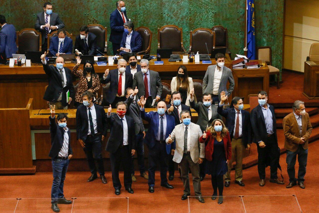 Diputada Cariola y rechazo de acusación a Mañalich: Hay sectores de Oposición que tienen un discurso para afuera pero actúan de manera vergonzosa internamente