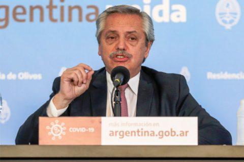 Alberto Fernández denunció que legisladores argentinos fueron detenidos al llegar a Bolivia para cumplir con sus tareas de veedores en las elecciones