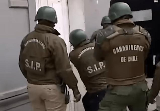 Denuncian violación de DD.HH. y tortura a menores durante allanamientos en Lo Hermida