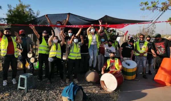 Trabajadores de planta San Bernardo de Coca-Cola siguen en huelga