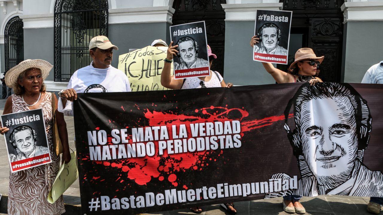 Grupo criminal en México amenaza de muerte a periodistas de Iguala