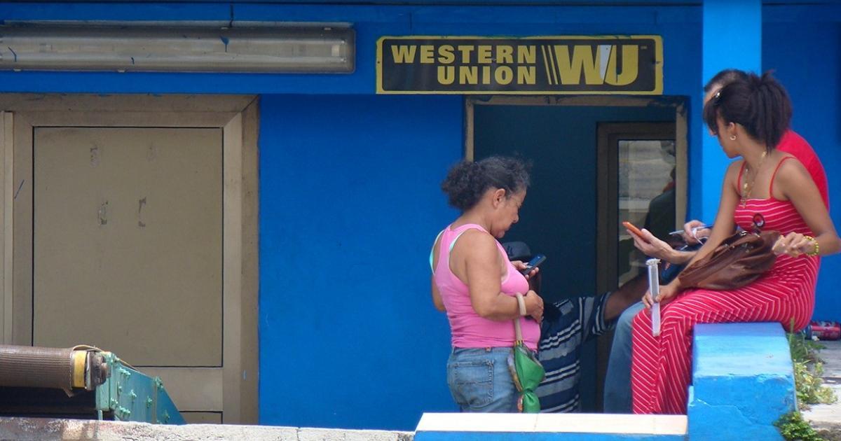 Cuba anuncia que Western Union cerrará sus 407 sucursales en la isla por sanciones de EE. UU.