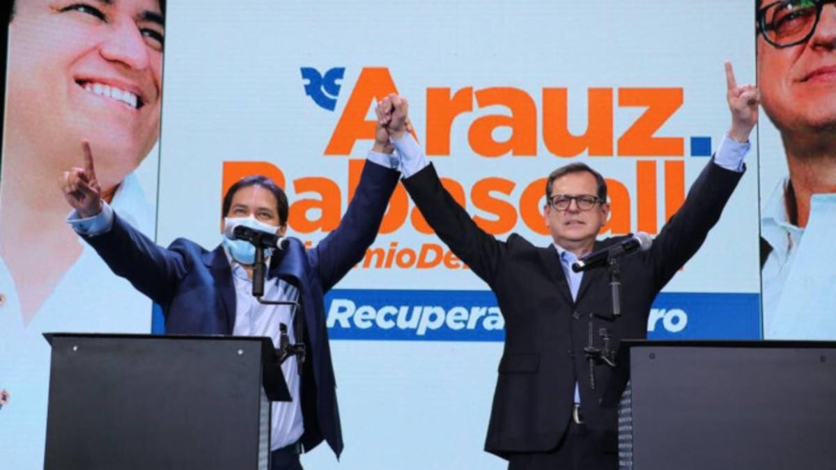 Tribunal Electoral de Ecuador aprueba participación de alianza correísta en elección de 2021
