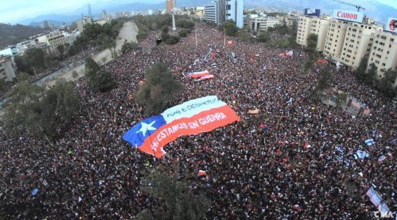 Pulso Ciudadano: 61,7% considera que el estallido social del 18-O fue positivo para Chile