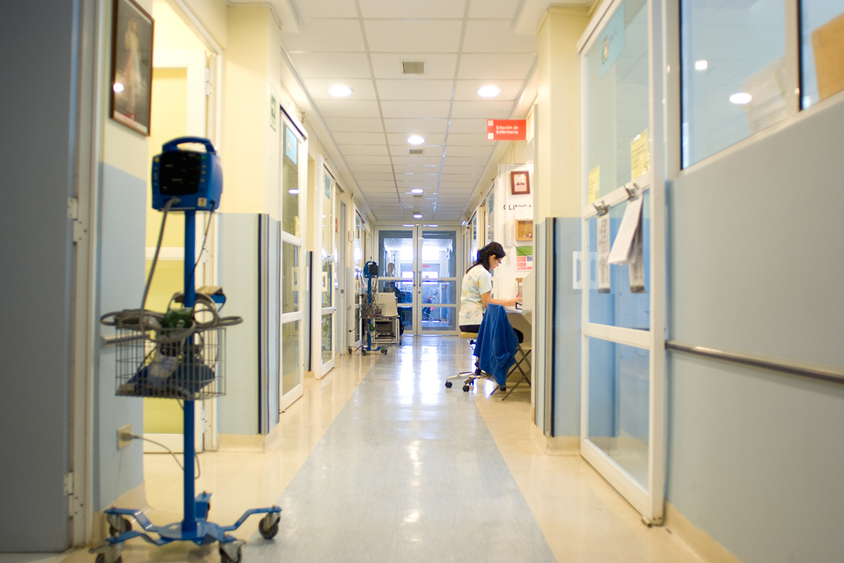 Estudio U. de Chile revela drástica disminución en prestaciones oncológicas ambulatorias durante la pandemia