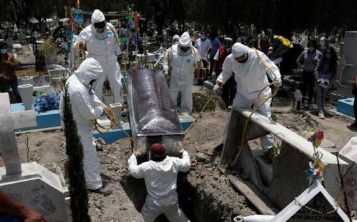 Más de 400 migrantes fallecieron por COVID-19 en la Región Metropolitana hasta agosto