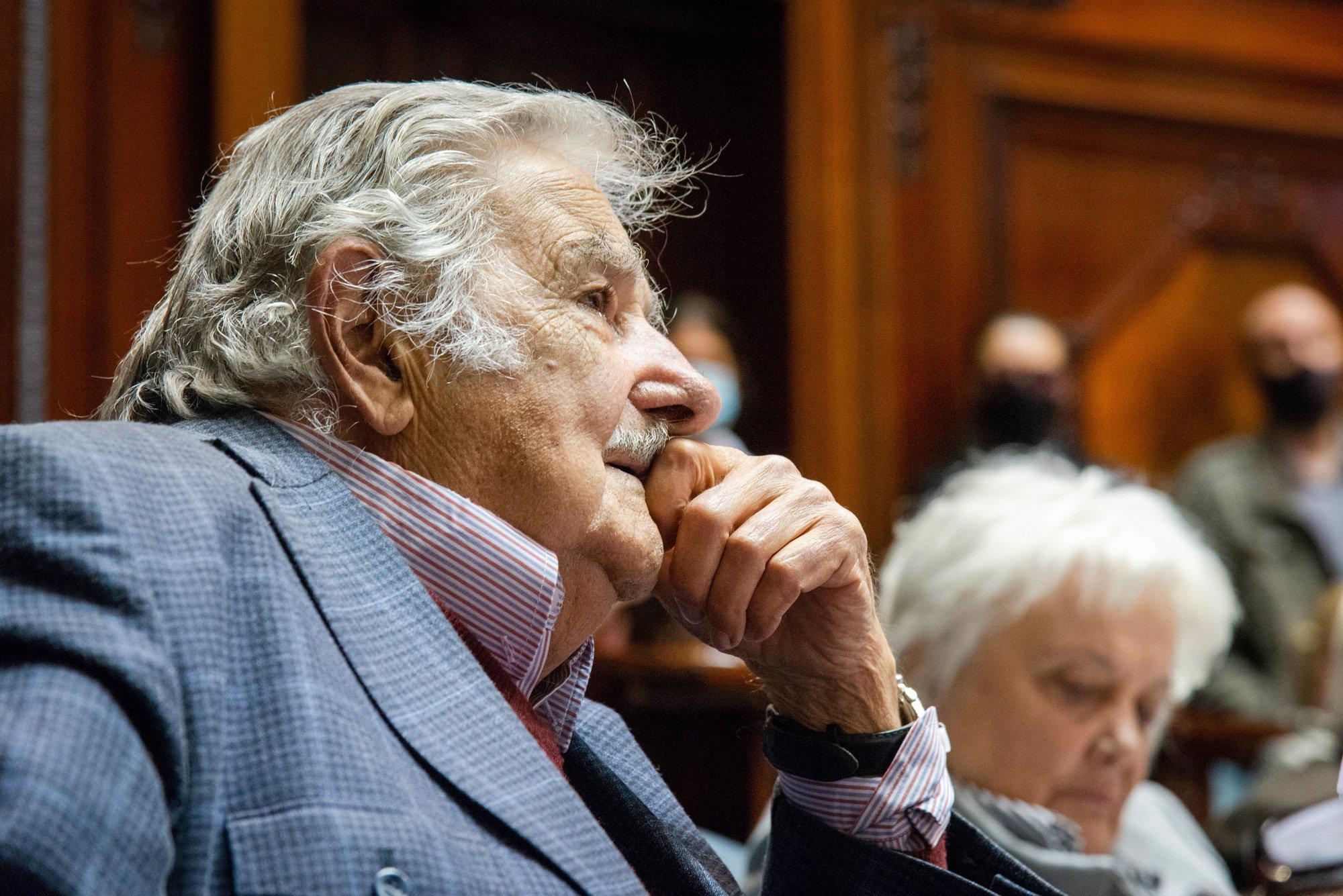 José Mujica en conferencia convocada por el Grupo de Puebla: En la sociedad moderna cada vez hay más conciencia del lacerante peso que tiene la desigualdad