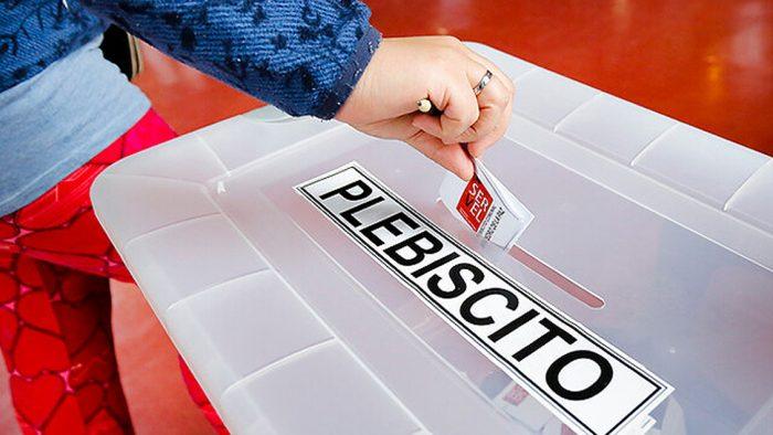 Voto femenino será decisivo para el Plebiscito