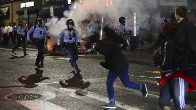 Retornan las protestas en Filadelfia tras asesinato de afrodescendiente a manos de la policía