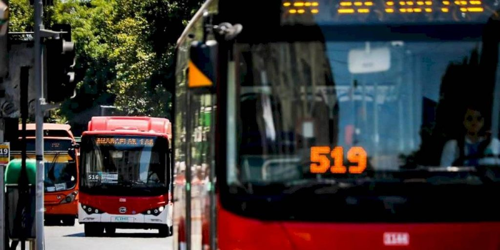 Plebiscito: Piden transporte público gratuito para ir a votar el 25 de octubre
