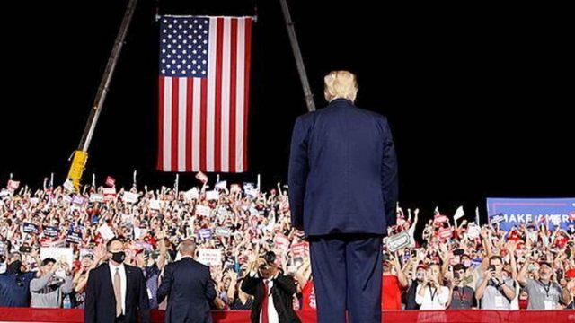Con 10 mítines en dos días Trump realiza dramático intento por lograr victoria electoral